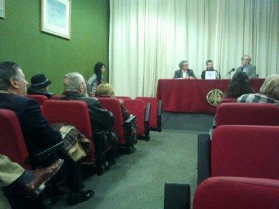 Sala de conferencias de la presentación  del libro