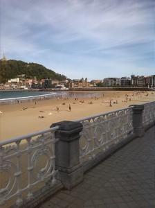 """Otra perspectiva de la playa de """"La Concha"""""""
